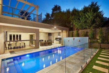 No.1 Melbourne Glass Pool Fencing